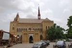 Karachi Life - Buying books at Frerehall