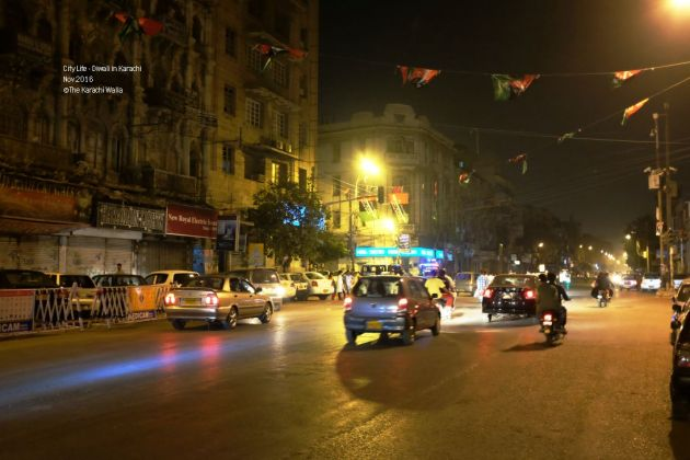 12-it-was-late-in-the-night-by-the-time-we-stepped-out-of-shriswaminarayn-but-the-road-was-still-full-of-traffic
